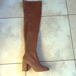 Bonnibel Over the Knee boots in Taupe